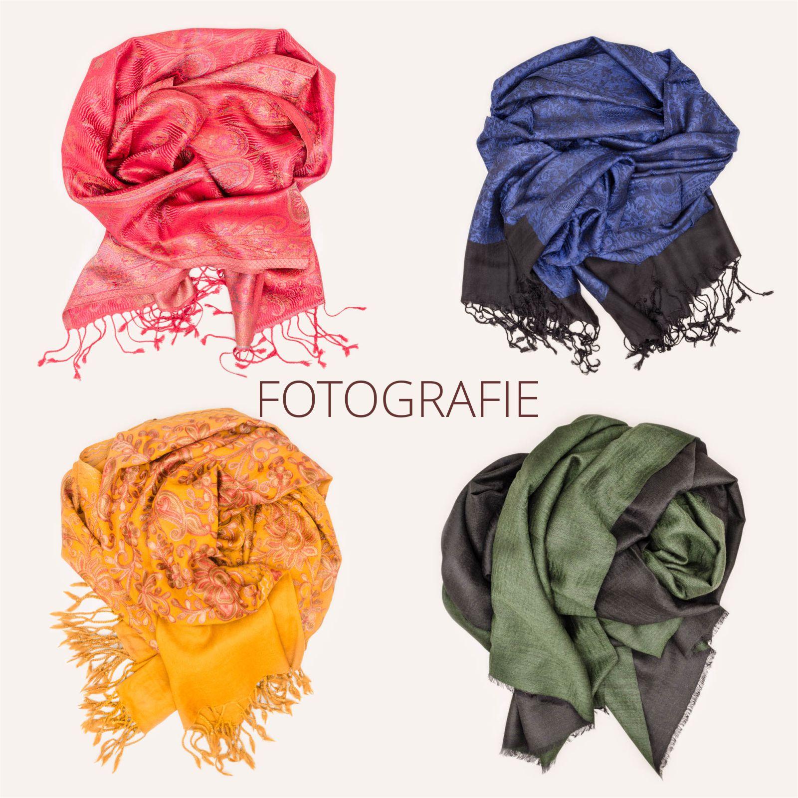 O_ZEN Design Portfolio Fotografie fur Unternehmen dargestellt durch Produktfoto - Farbige Kashmir Schals