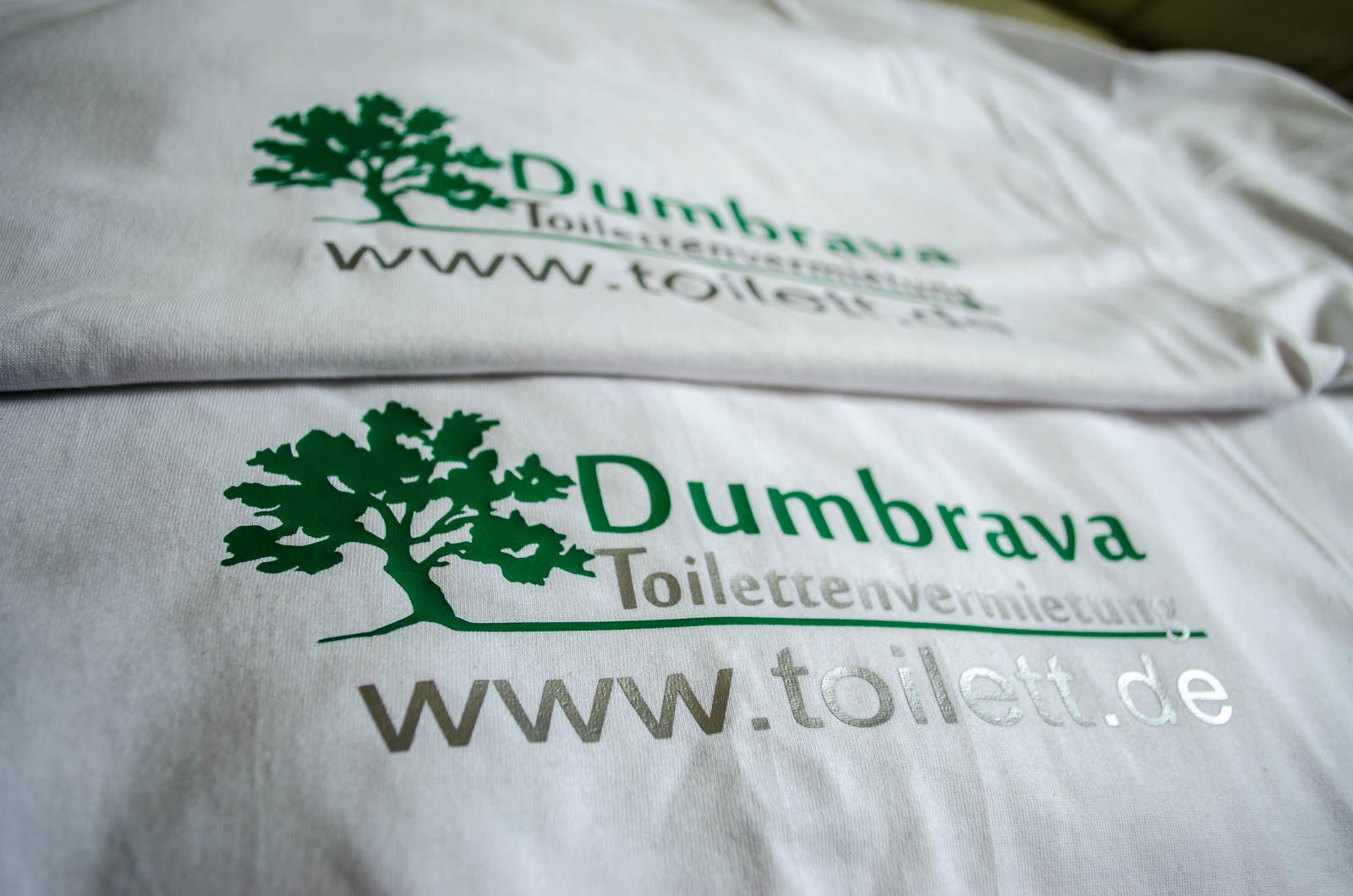 O-ZEN Portfolio toilett-de Textil Beschriftung auf weisse Tshirts